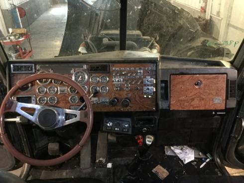 PETERBILT 379 Dash Assembly