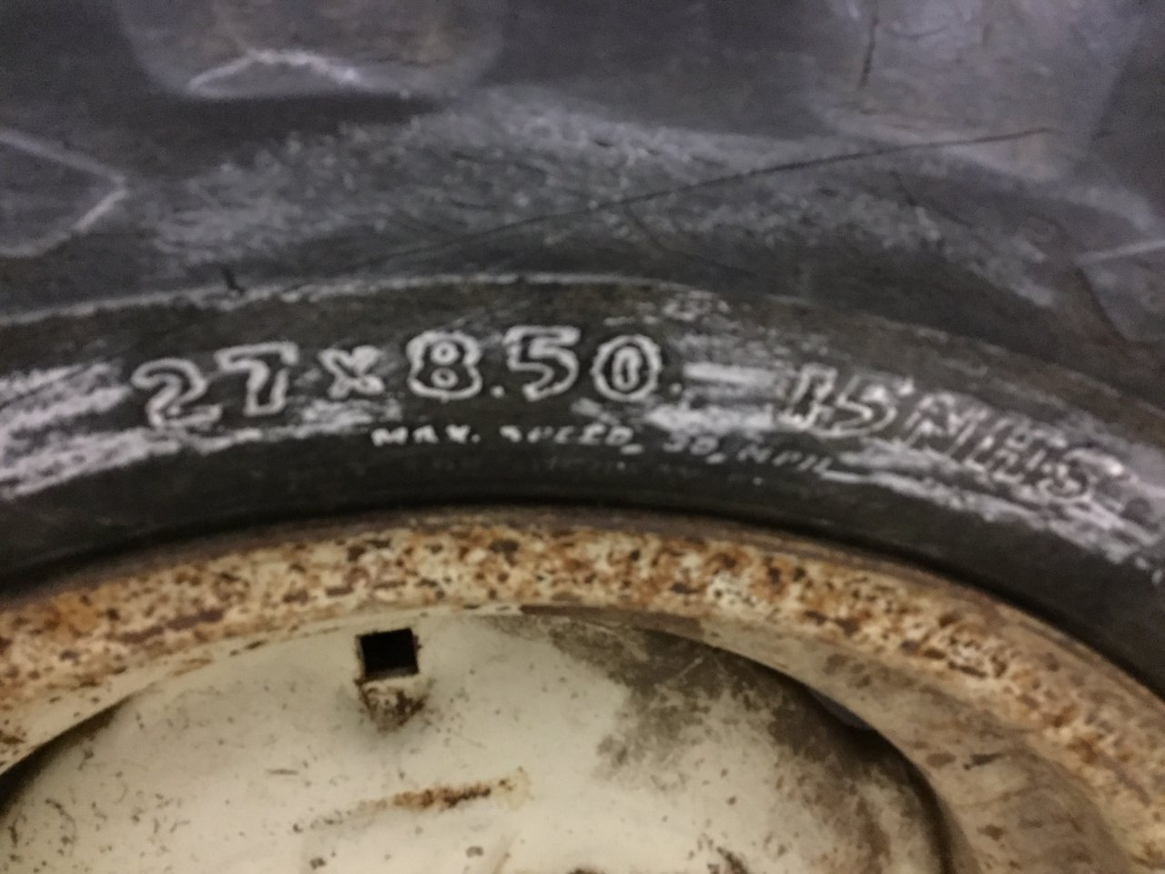 Bobcat 530 Tire and Rim