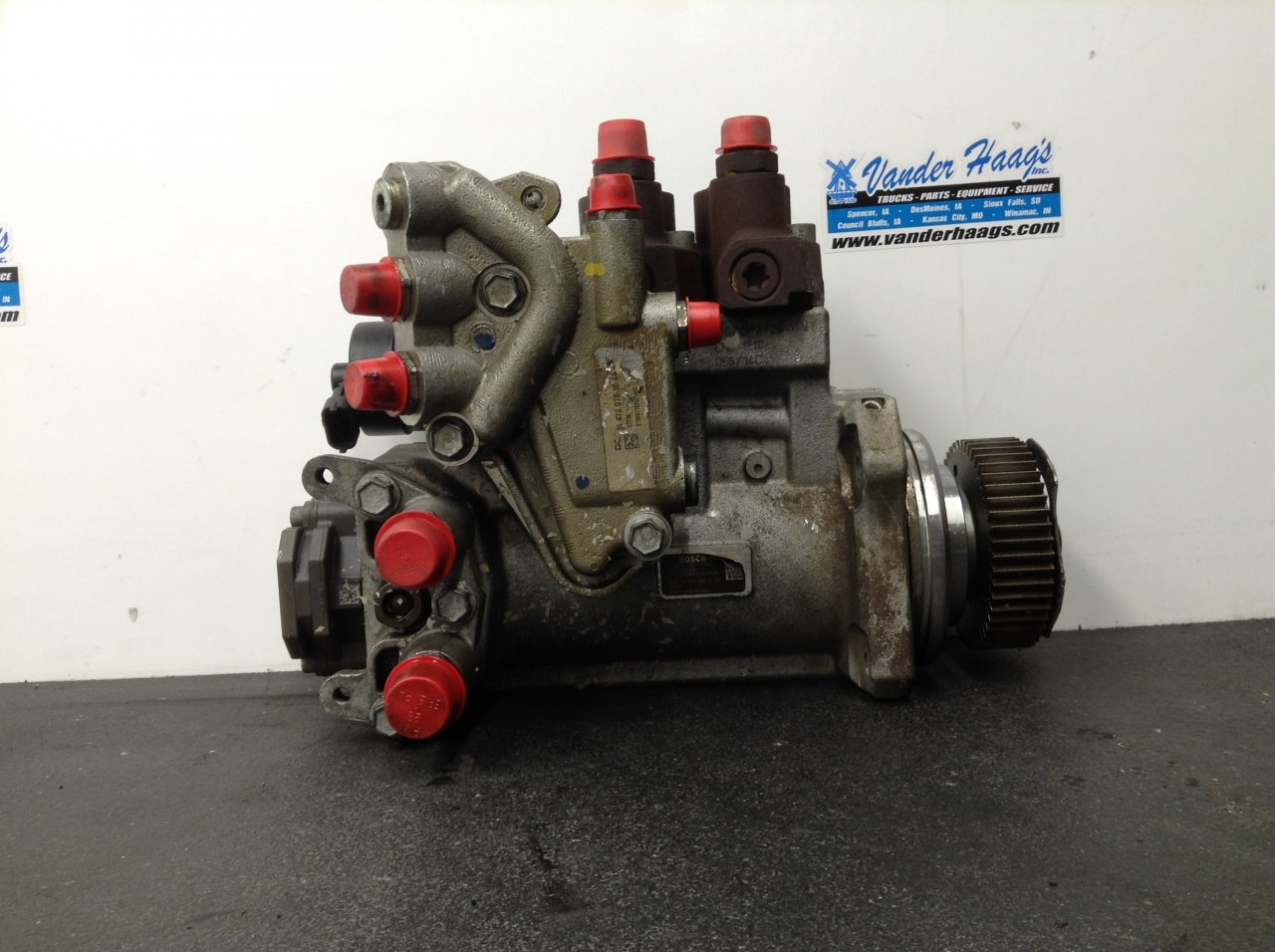 DETROIT DD15 Fuel Pump