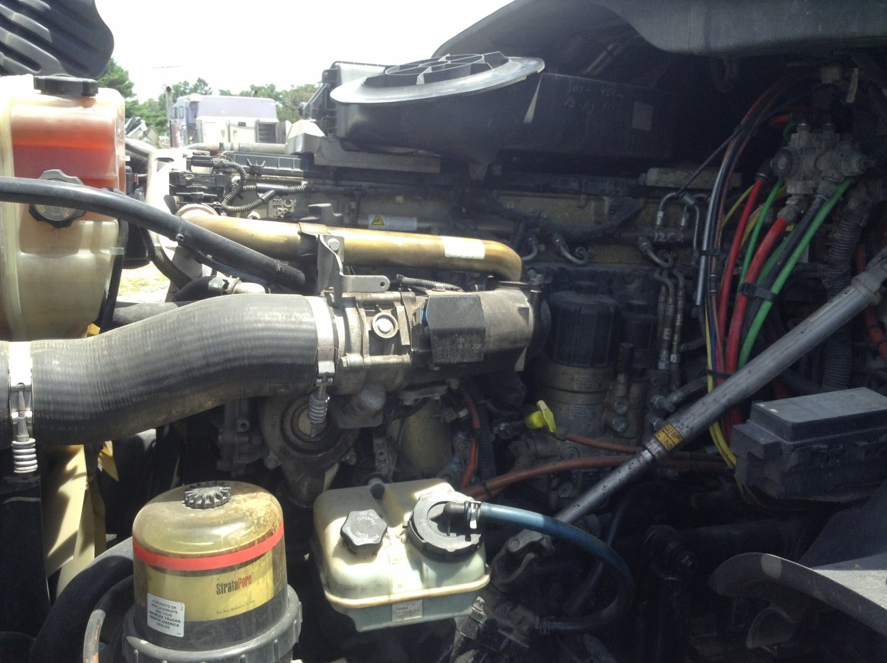 DETROIT DD15 Engine Assembly