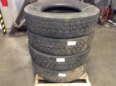 KENWORTH T660 Tires
