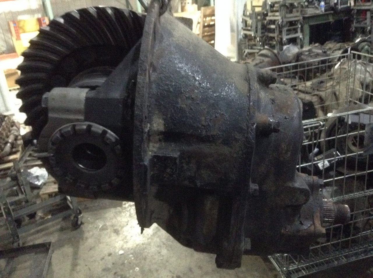 EATON DS381 Front Carrier Assembly