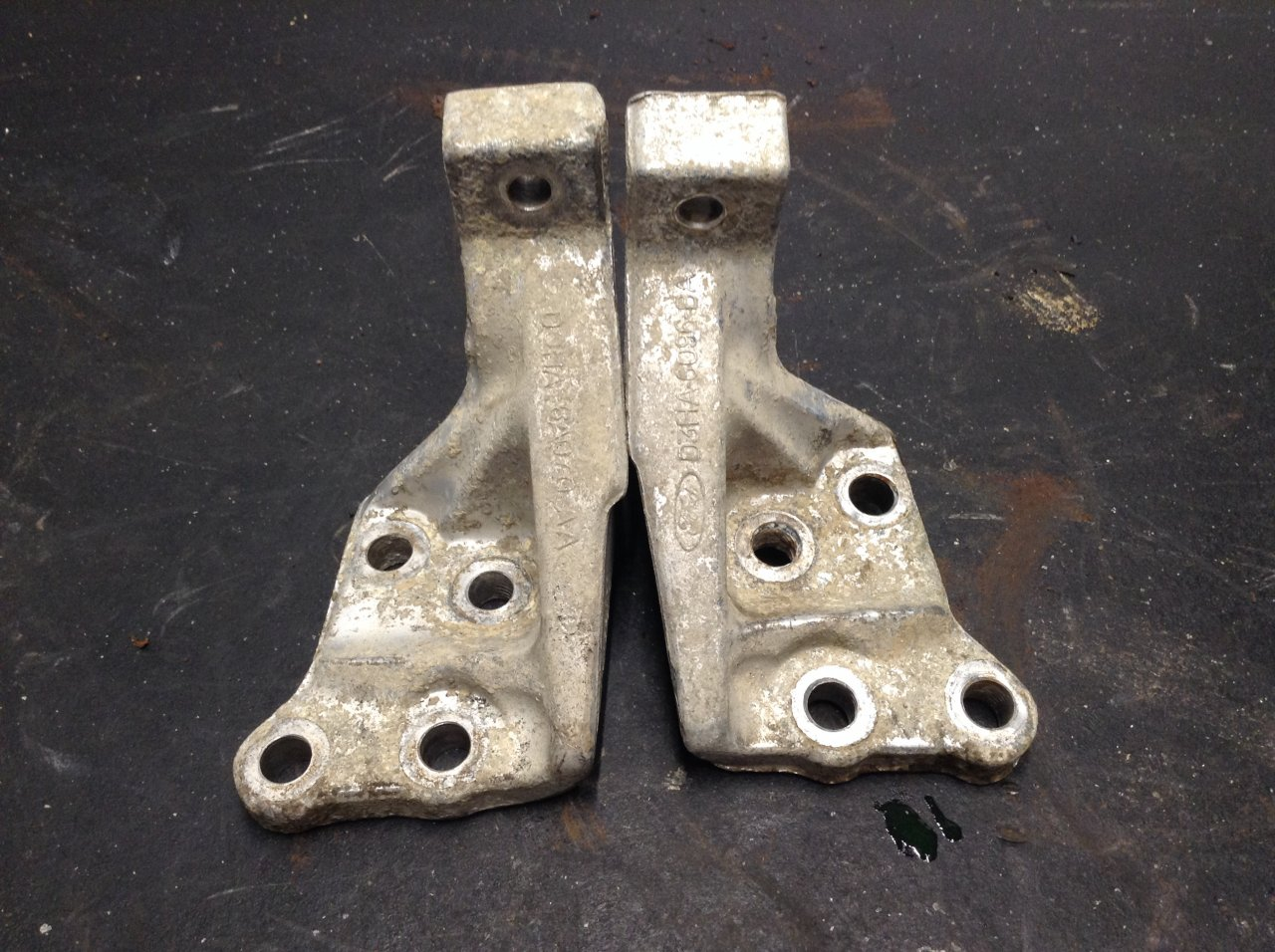 Ford 534 Mounts