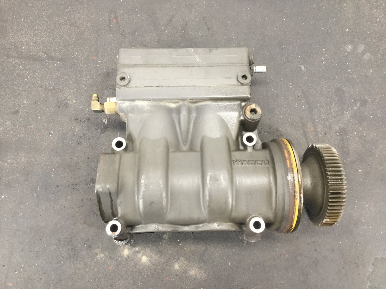 PACCAR MX13 Air Compressor