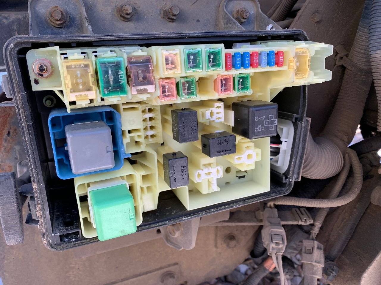 hino 268 fuse box - fusebox and wiring diagram layout-end -  layout-end.sirtarghe.it  diagram database