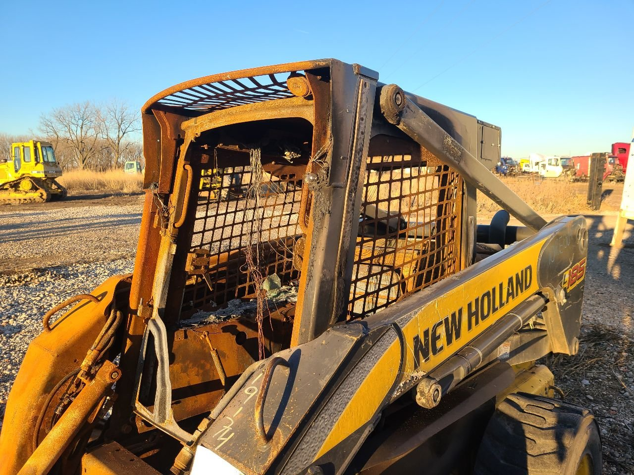 NEW Holland L185 Cab Assembly