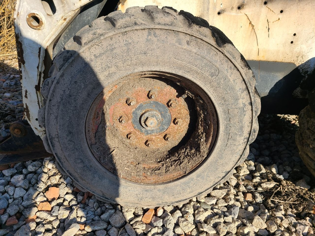 Bobcat S150 Tire and Rim