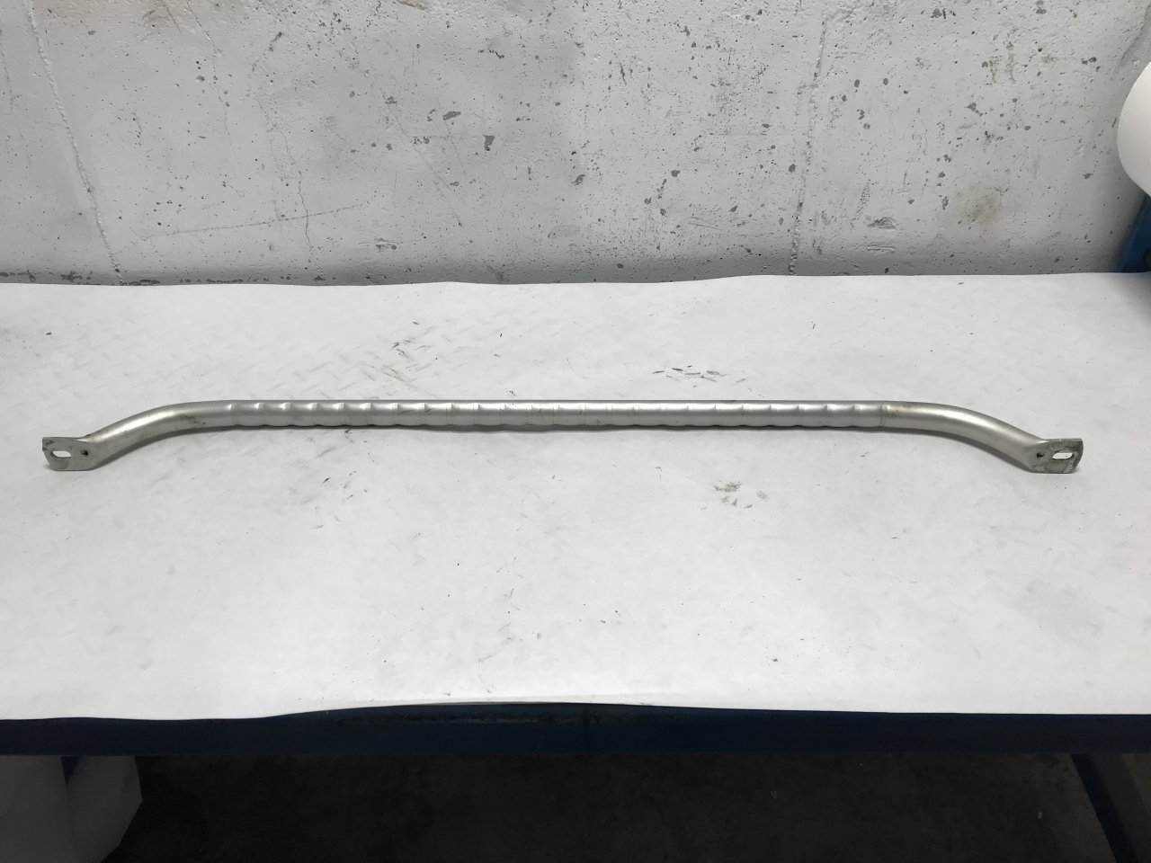 International 9200 Grab Handle
