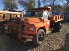 FORD F7000 Parts Unit