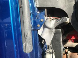 Peterbilt 387 Latch