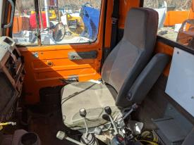 International 4900 Seat, Air Ride