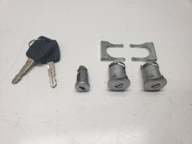 Kenworth T800 Latches and Locks