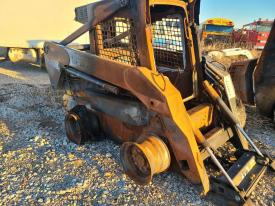 NEW Holland L185 Loader Arm