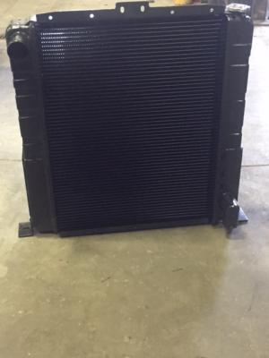 CAT TH83 Radiator