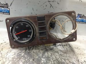 FREIGHTLINER CLASSIC XL Tachometer