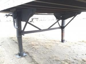 TRAILMOBILE TRAILER Landing Gear
