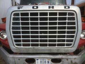 FORD LTS900 Grille