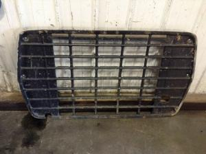 FORD L800 Grille