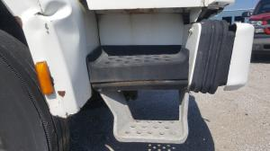 FORD CF8000 Step (Frame, Fuel Tank, Faring)