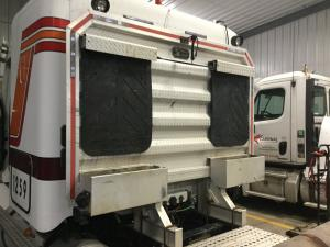 FREIGHTLINER COLUMBIA 112 Cab Protector