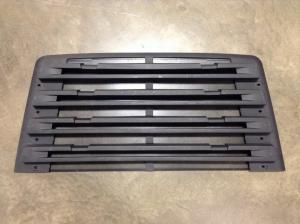 FREIGHTLINER 114SD Grille