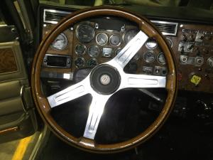 PETERBILT 379 Steering Wheel