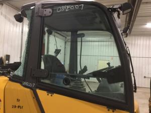 VOLVO L20B Door Glass