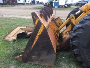 JOHN DEERE 644B Wheel Loader Attachments