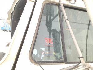 MACK CH600 Door Vent Glass