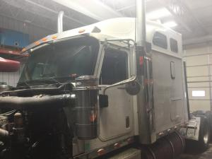 INTERNATIONAL 9900 Cab Assembly