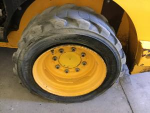 JCB 180 Tire and Rim