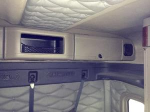 FREIGHTLINER CASCADIA Cabinets