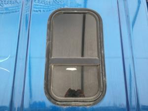 FREIGHTLINER CASCADIA Window