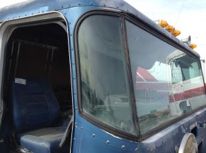 PETERBILT 362 COE Windshield