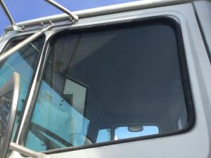 FREIGHTLINER FL112 Door Glass