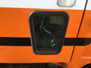 KENWORTH T2000 Door Glass