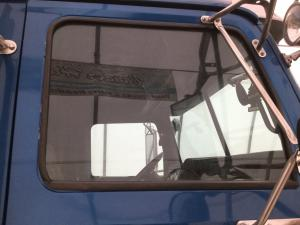 WESTERN STAR TRUCKS 4900EX Door Glass