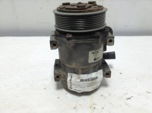 FREIGHTLINER COLUMBIA 120 Air Conditioner Compressor