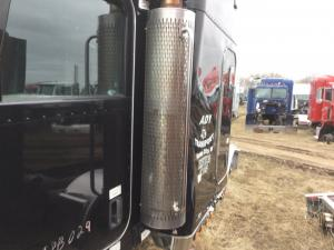 PETERBILT 388 Exhaust Guard