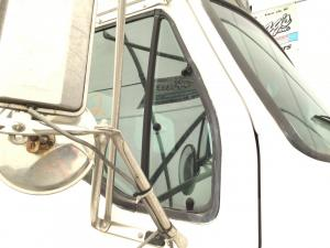 FORD L8501 Door Vent Glass