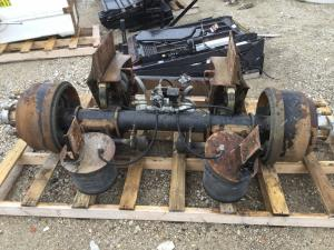 Tag / Pusher Axle