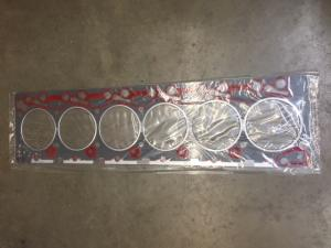 CUMMINS B5.9 Gasket, Engine Head Set