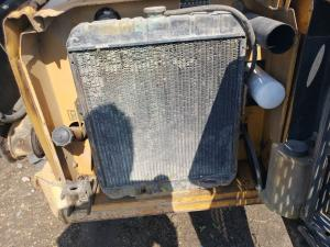NEW HOLLAND LX885 Radiator
