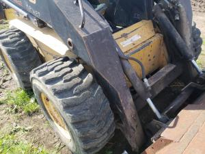 NEW HOLLAND LX885 Loader Arm