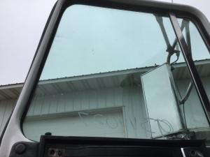 VOLVO WG Door Glass
