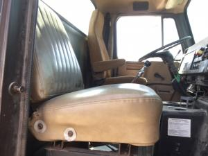 INTERNATIONAL 8100 Seat, non-Suspension
