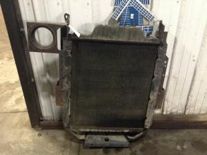 INTERNATIONAL S1700 Radiator