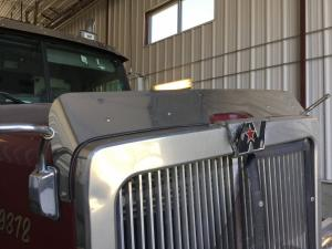 WESTERN STAR TRUCKS 4900E Hood, Bug Deflector
