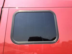 PETERBILT 387 Window