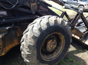 JCB 214F Tire and Rim